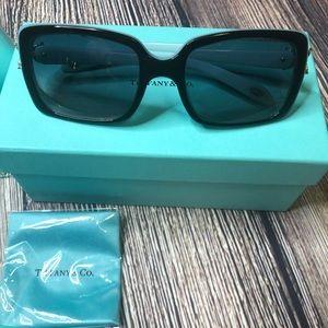 Tiffany & Co. Accessories - tiffany and co sunglasses